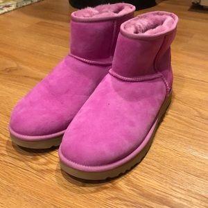 Short pink ugh boots